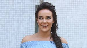 Stephanie Davis-Biography-Networth-Career-Family-life